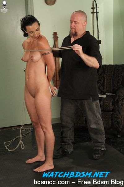 Wenona - Shocking Wenona - HD - TrulyHogtied
