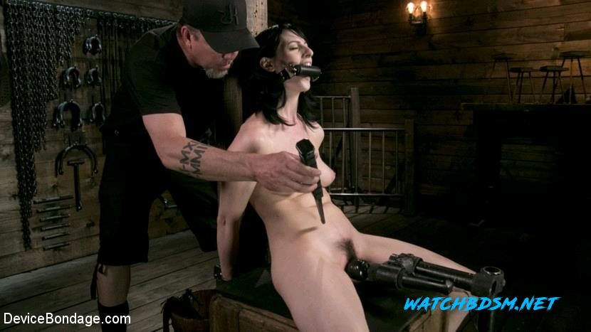 Alex Harper - Fresh Meat - Alex Harper Gets Her 1st Taste of Domination and Bondage - HD - DeviceBondage