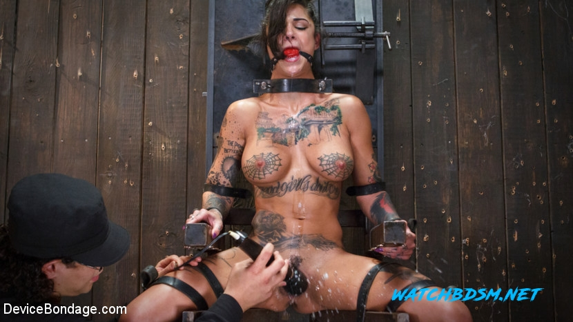 Bonnie Rotten, Daisy Ducati, Roxanne Rae, Janice Griffith, Lilly Lit, Ashley Lane - Hard Fucked in BDSM Sex - Depraved Sex - HD - DeviceBondage
