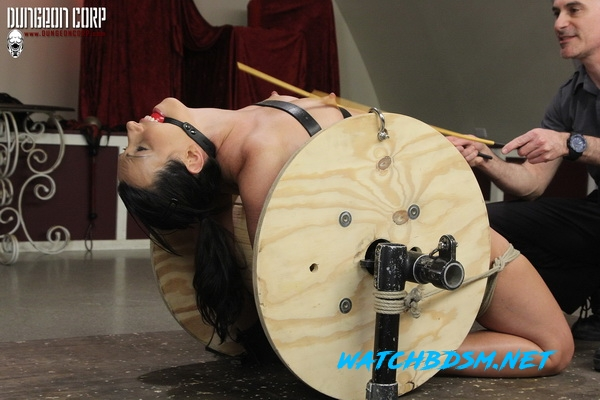 Wenona Slave - Cumming on the Spool - HD - Strict Restraint